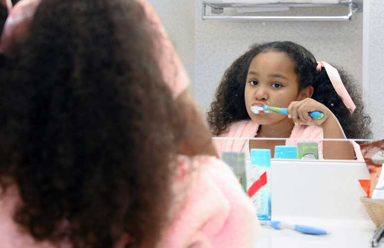 Five health benefits of teaching your kids good personal hygiene practices