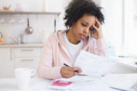 How to help a friend who is struggling financially