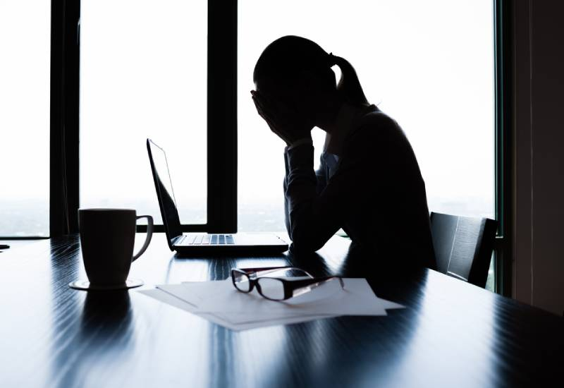 Warning signs of emotional abuse at your workplace
