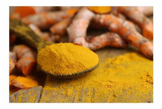 Seven beauty treatments using turmeric