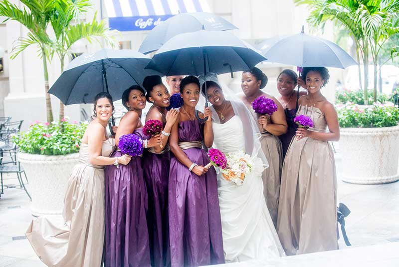 What are the duties of bridesmaid?