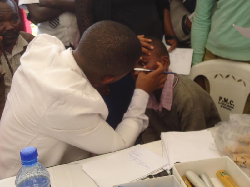 Government sets its sight on quack opticians