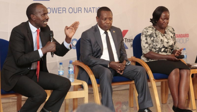 KNUT secretary General Wilson Sossion(leftt)CEMASTEA director Stephen Njoroge(centre) and KICD deputy Director Jacqueline Onyango