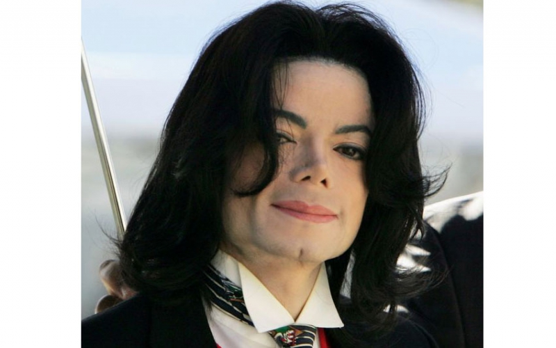 Michael Jackson lawsuits to 'reopen after two boys accuse star of molestation'