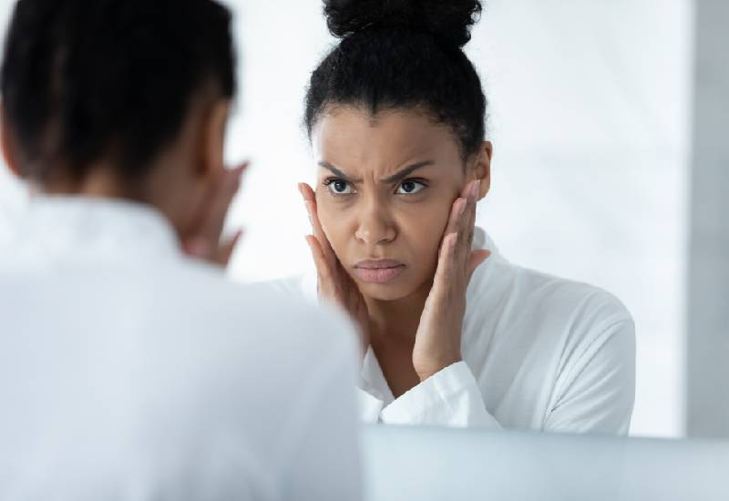 Causes and best treatments for dull skin