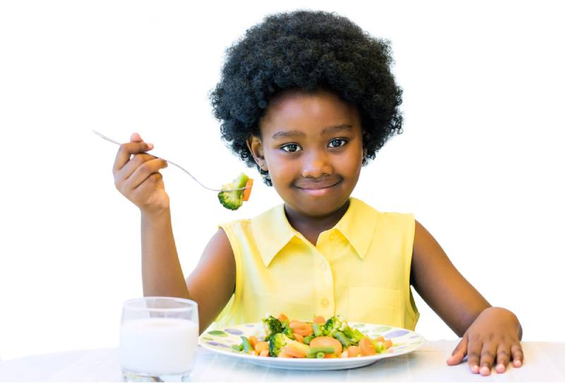 Five tips on how to avoid dinner time battles with your children