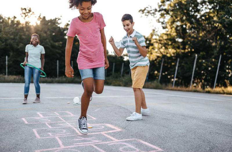 Games as exercise: Hopscotch