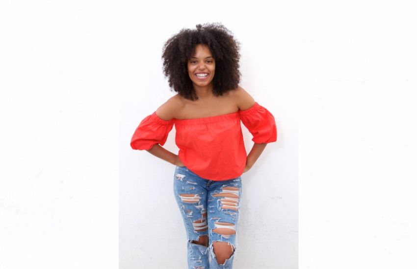 How to style distressed clothing
