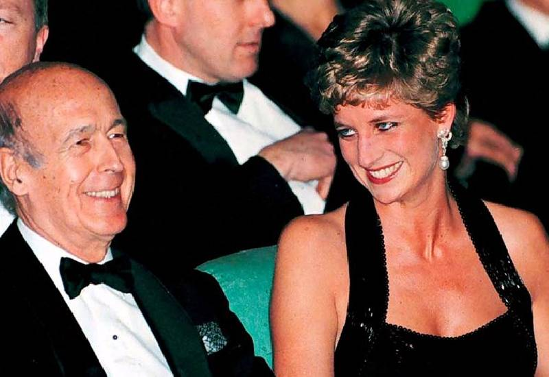 Princess Diana's presidential 'lover' who wrote romance based on her dies from Covid