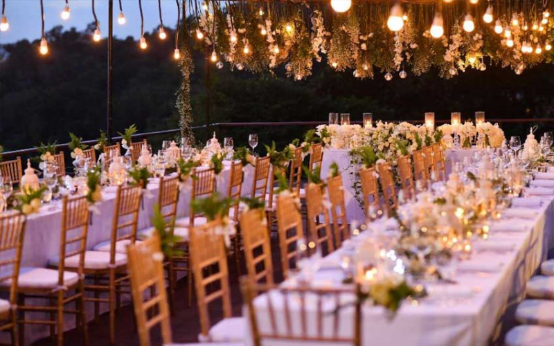 What to know before holding an outdoor wedding