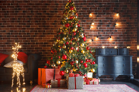 Christmas tree lights hack to easily store them away for next year