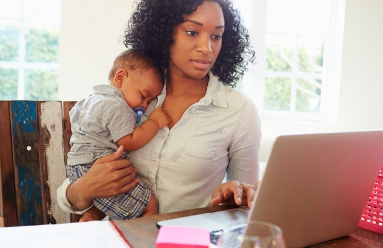 How to balance work and parenting as a single mum