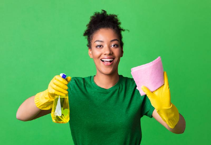 How to clean cooking grease from your kitchen walls