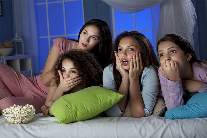 Classic chick flicks for a girl's night in