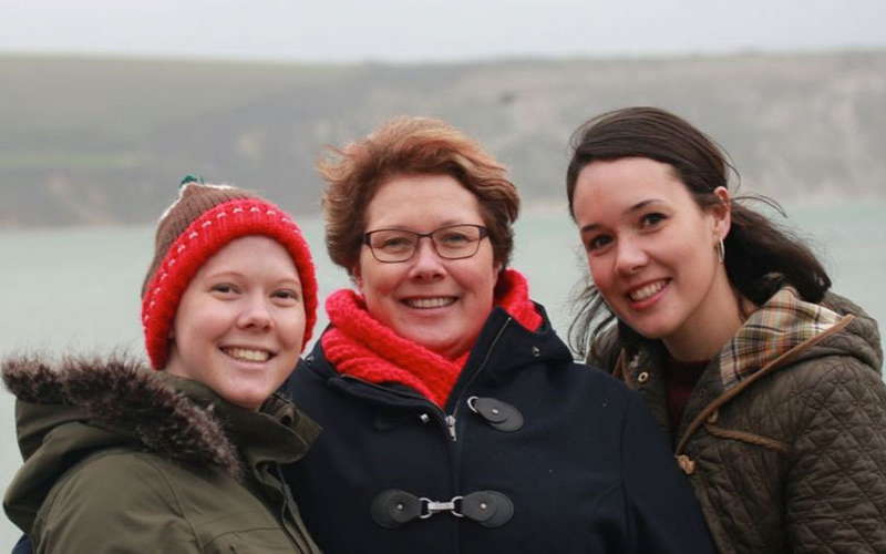 Confessions: My cancer diagnosis saved my mum and sister's lives