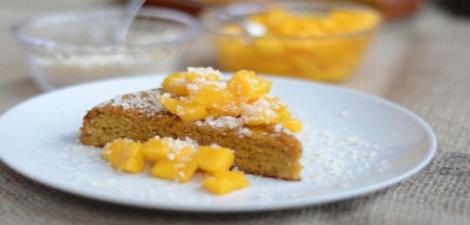 Try this crunchy mango cake