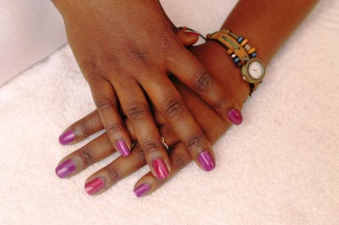 8 ways to strengthen your nails naturally