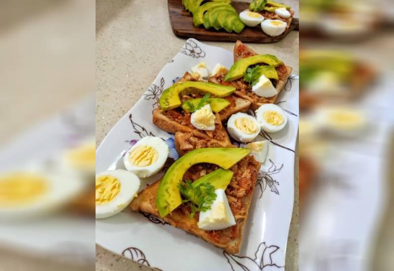 Easy recipe: Hard boiled egg, avocado and tuna toast
