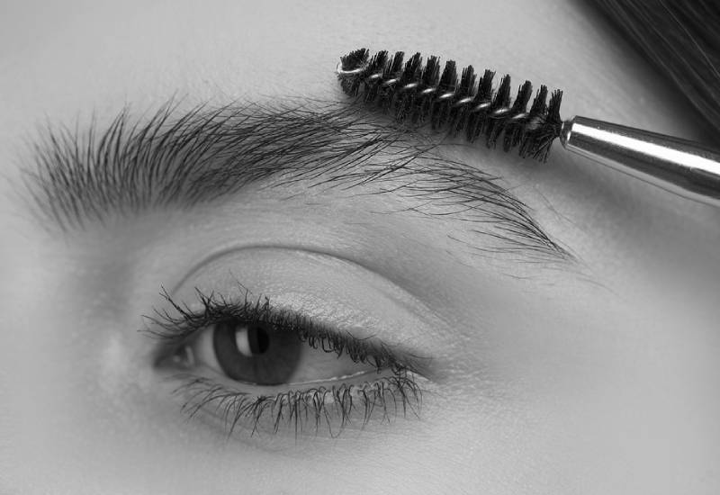 Eight simple ways to grow thicker eyebrows