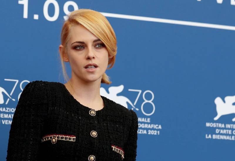 Kristen Stewart's turn as Princess Diana wows Venice