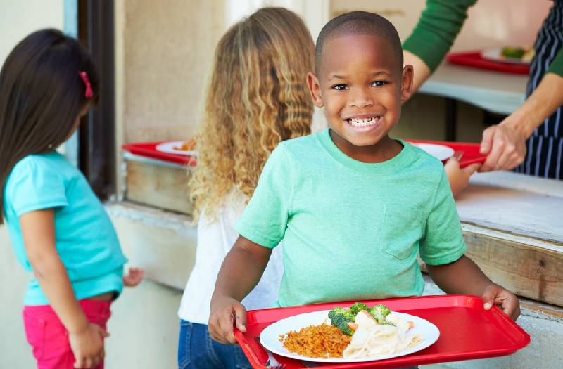 Should you let your kid dictate how much they eat?