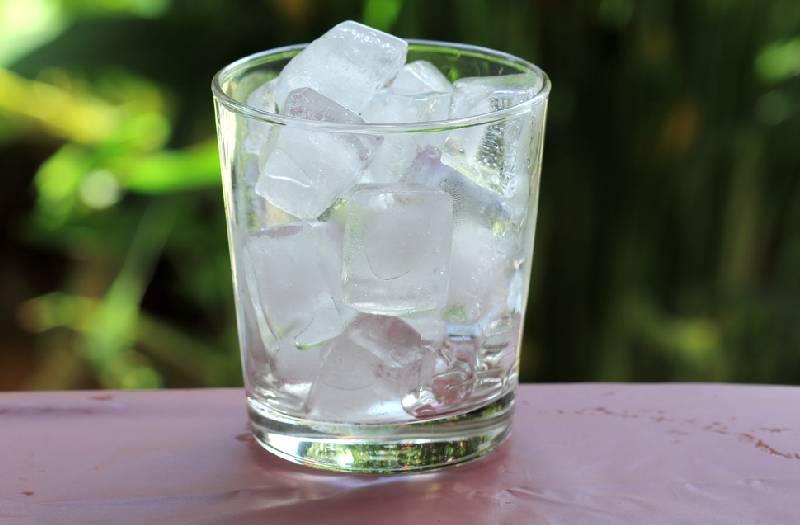 Surprising ice cube beauty hacks