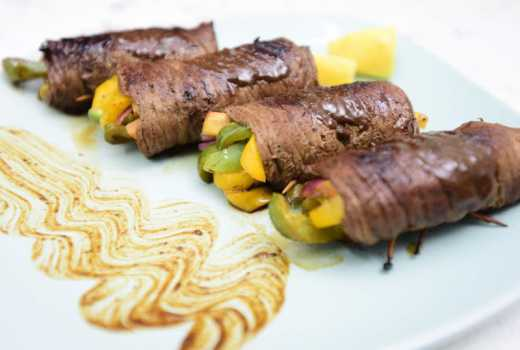 How to make steak rolls filled with veggies