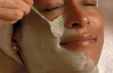 Detox your skin with clay