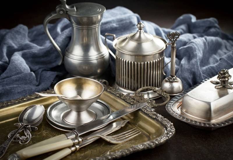 Elegance: A touch of class with silver