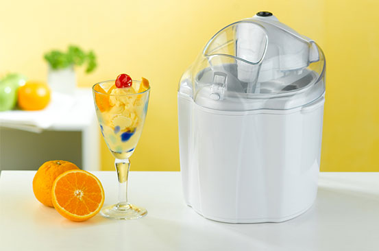 Kitchen gadget: Ice cream machine