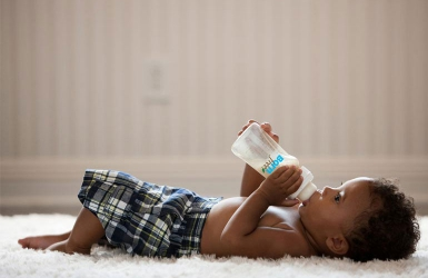 Learning how to bottle-feed. The Dos and Don'ts