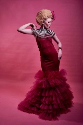 Pink therapy:Cancer awareness with fashion