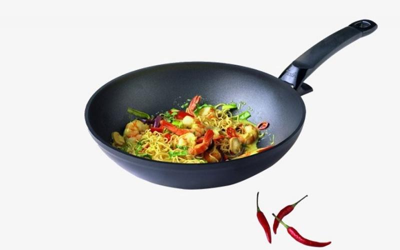 Kitchen Gadget: Wok