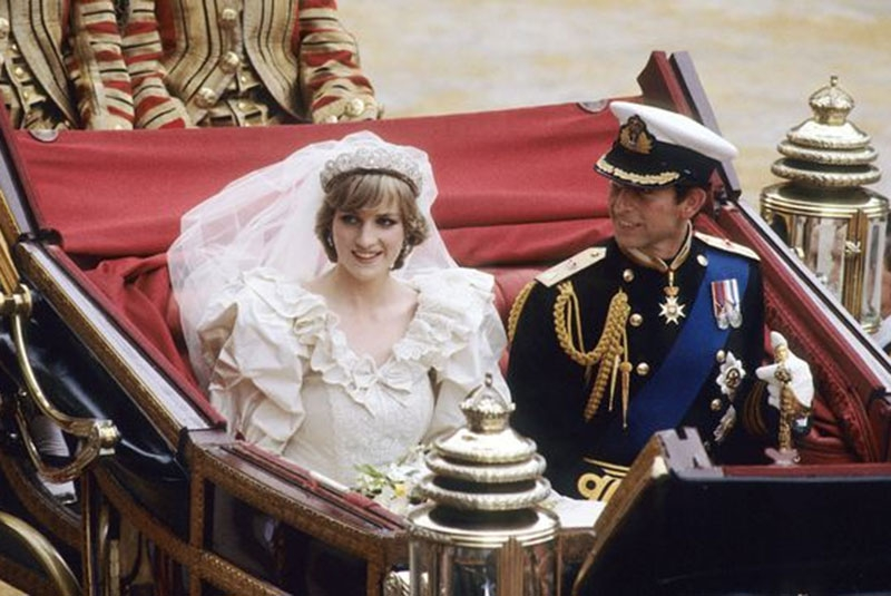 Prince Charles' secret note to Diana on the eve of their Royal Wedding