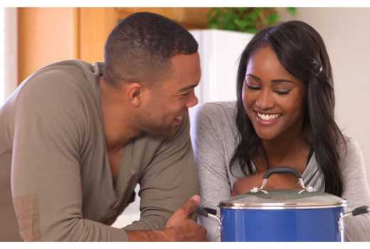 Ways to enjoy your relationship with her when broke