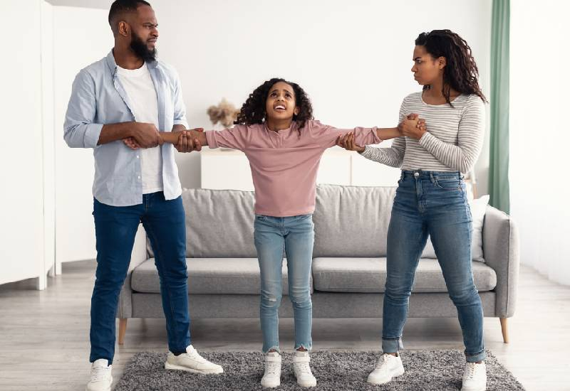 Tips to help you negotiate co-parenting this Easter holiday