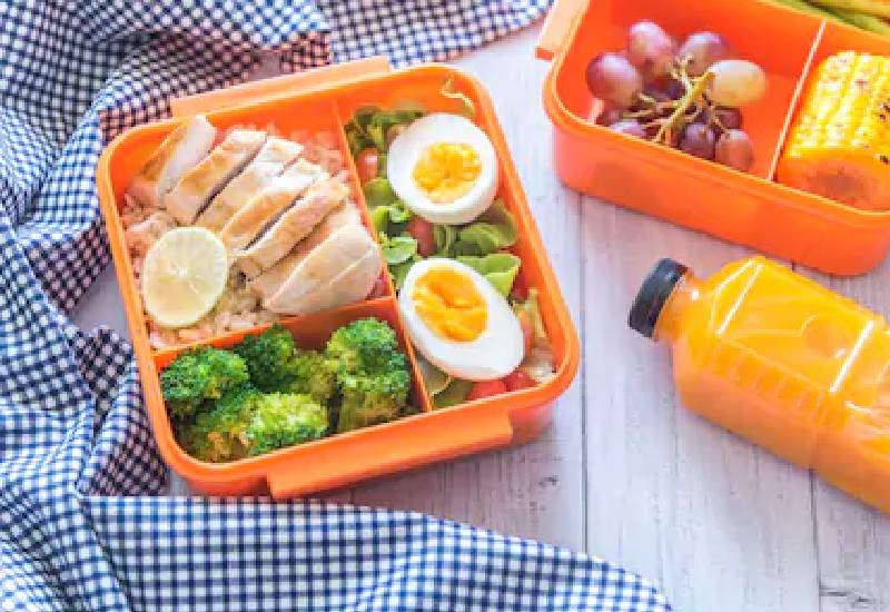 Five tips to make a quick packed lunch