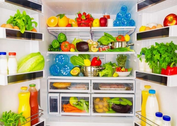 Four simple steps to keep your fridge clean
