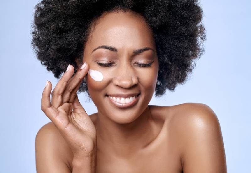 How to properly layer your skin care products in the morning