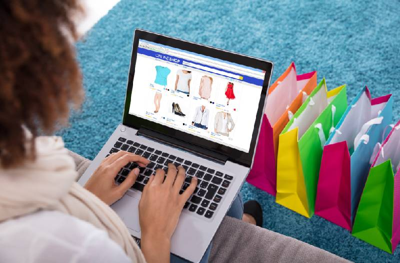 Seven tips and tricks for buying clothes online