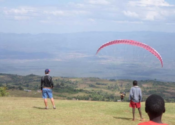 The thrill of Paragliding in 'Hanging Valleys'