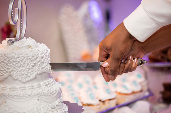 What is a cutting cake and what is its importance?