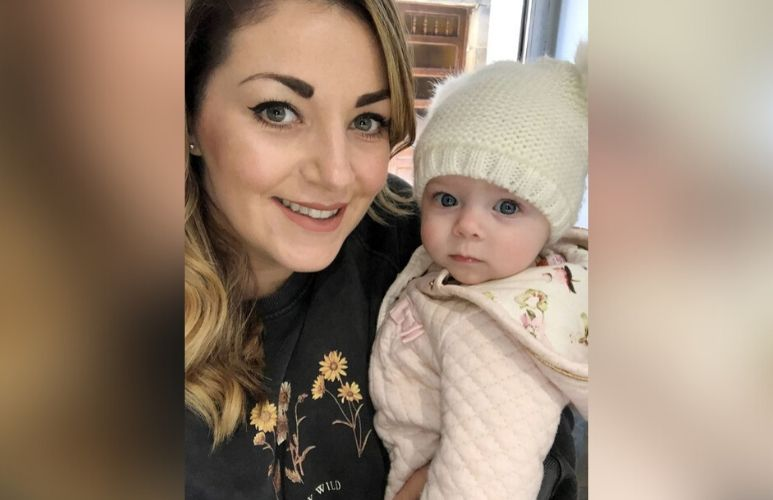 Woman ditched by text before wedding becomes mum alone thanks to sperm donor