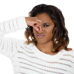 5 natural ways to get rid of common body odours