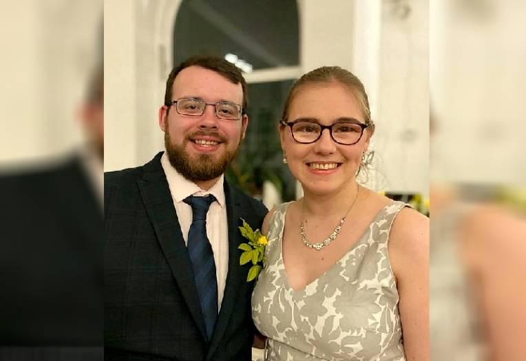 Coronavirus isolation: 300 virtual guests attend couple's nuptials