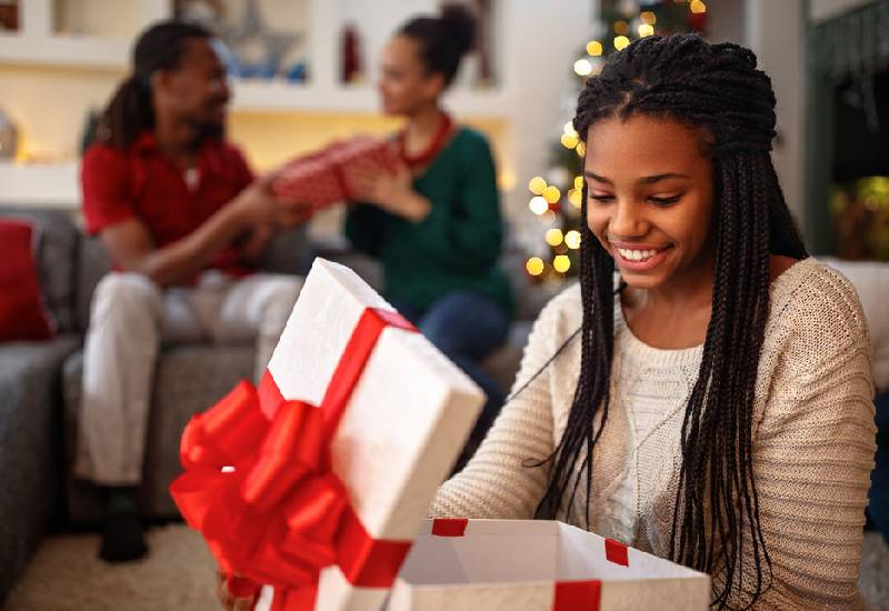 How to handle gift giving on a budget this holiday