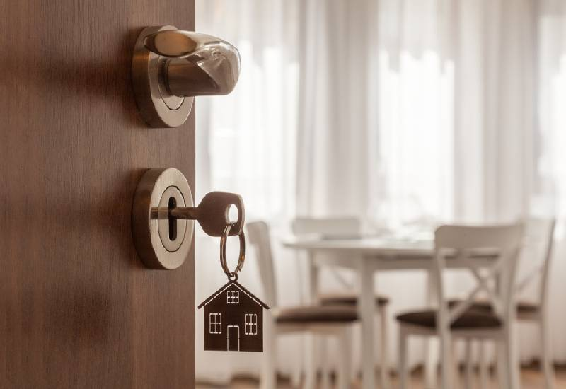 Lawyer up: What you need to know when buying an apartment