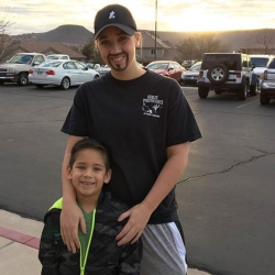 Single mum does something amazing for son so he doesn't miss 'dad day' at school