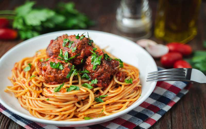 Easy recipes for meals under Sh.500: Spaghetti and meatballs