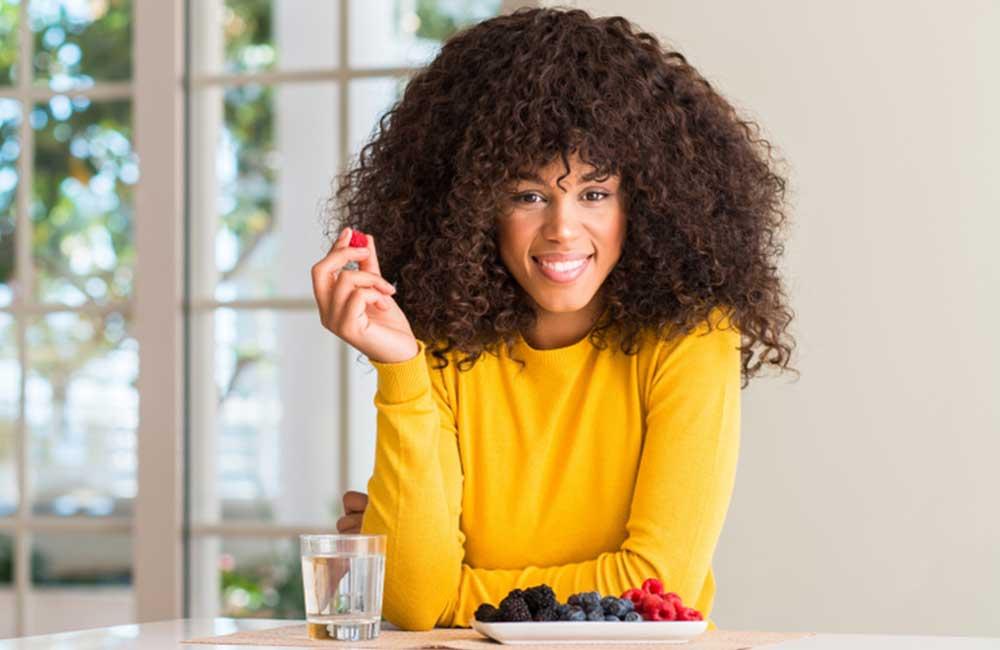 Eight benefits of raspberry to women